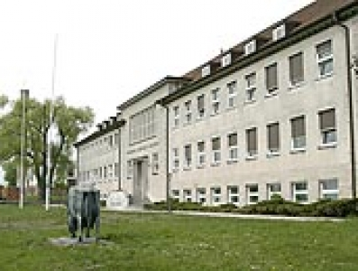 Friedrich-Loeffler-Institut (FLI)